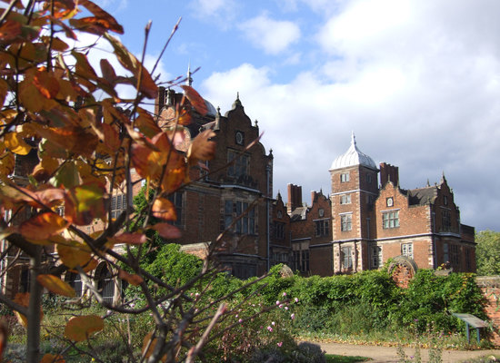 Astonhallgardenautumn